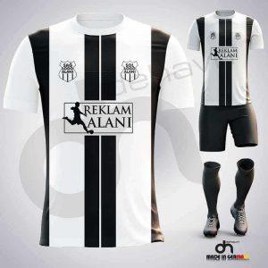 Juventus Siyah-Beyaz Dijital Halı Saha Forma + Şort + Tozluk + Sınırsız Baskılar Dahil